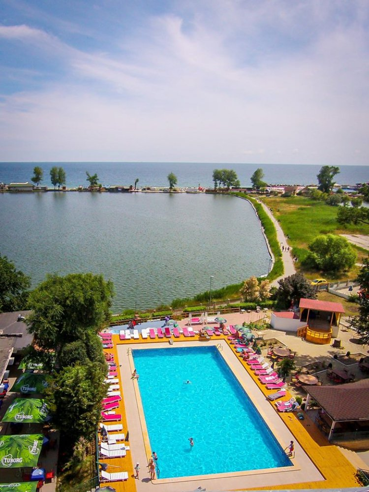 Hotel Majestic Jupiter Romania Accommodation Offer For 2010 Easter And 1st Of May Majestic Hotel Is One Of The Best Accommodation