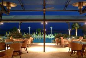 - Palm Beach & Bungalows, Larnaca, Cipru