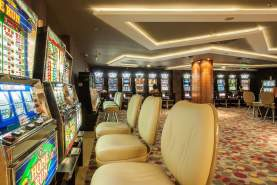 - International Hotel Casino & Tower Suites, Nisipurile de Aur, Bulgaria
